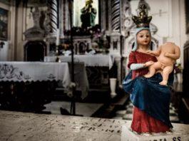 """Il santuario della Madonna di Polsi dove, fino a pochi anni fa, come hanno dimostrato i processi """"Crimine"""" e """"Infinito"""", si riunivano i boss della 'Ndrangheta"""