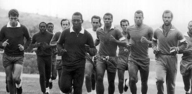 Un allenamento della Seleçao in vista dei Mondiali di Messico '70
