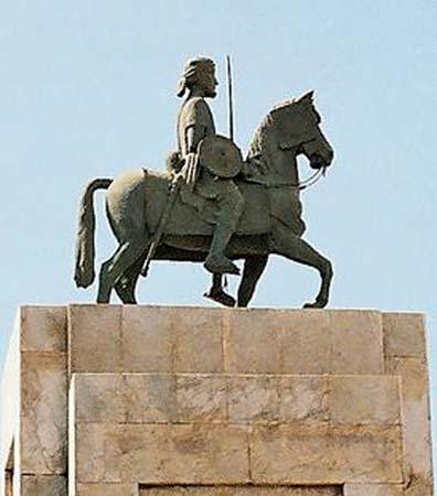 Ahmad ibn Ibrihim detto al-Ghazi, condottiero celebre della storia della Somalia, in una rappresentazione a Mogadishu