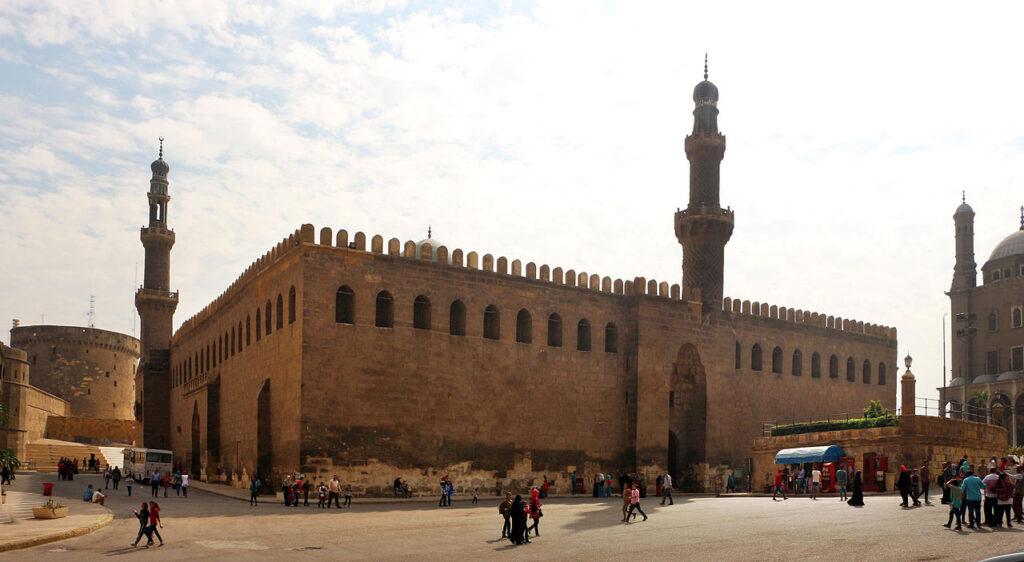 La moschea di al-Nāṣir, edificata dal sultano Al-Malik nel 1318, colui che accolse Mansa Musa al Cairo